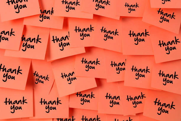 thank you sticky note with living colar color - thank you stock pictures, royalty-free photos & images