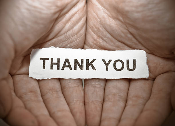 thank you text on hand - thank you background 個照片及圖片檔
