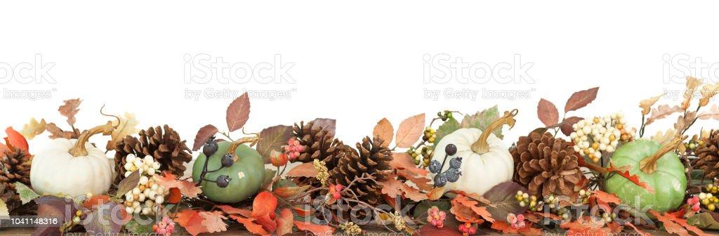 Thanksgiving Herbsternte Kürbis Girlande auf weiß isoliert – Foto