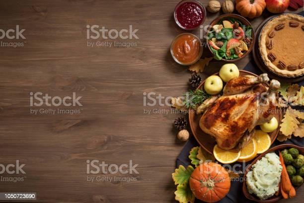 Thanksgiving dinner background picture id1050723690?b=1&k=6&m=1050723690&s=612x612&h=fwpmtnmgjwgb0grltlcfciqut78 hso4neepyhnmjoi=