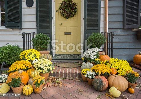istock Thanksgiving / Fall Front Door Decoration 1279671422
