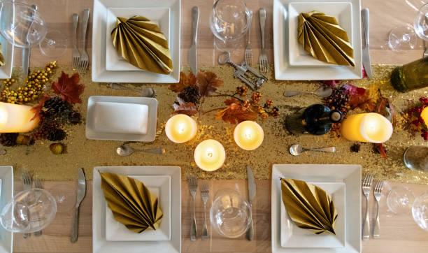 thanksgiving-tisch - herbst kerzen stock-fotos und bilder