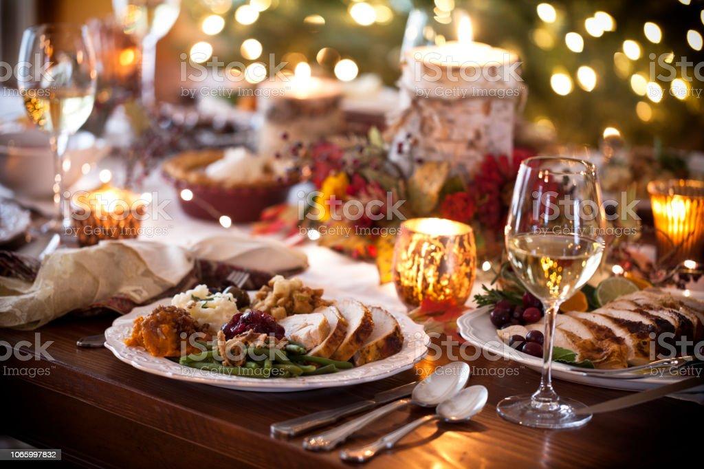 Ringraziamento Turchia Cena - Foto stock royalty-free di Ambientazione interna