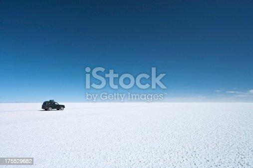 istock The 4WD on Salar de Uyuni, Altiplano Bolivia 175529682