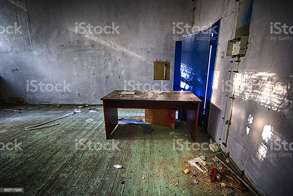 Abandonado la escuela - foto de stock