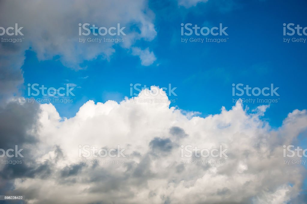 the abstract of white cloud and blue sky background foto royalty-free