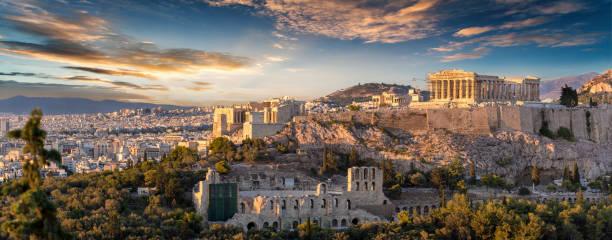 l'acropole d'athènes, en grèce - grece photos et images de collection