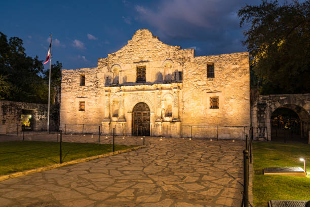 the alamo in san antonio, texas - the alamo stock photos and pictures