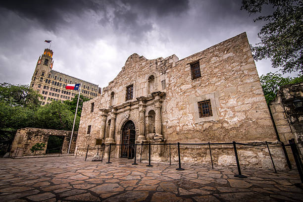 the alamo - the alamo stock photos and pictures