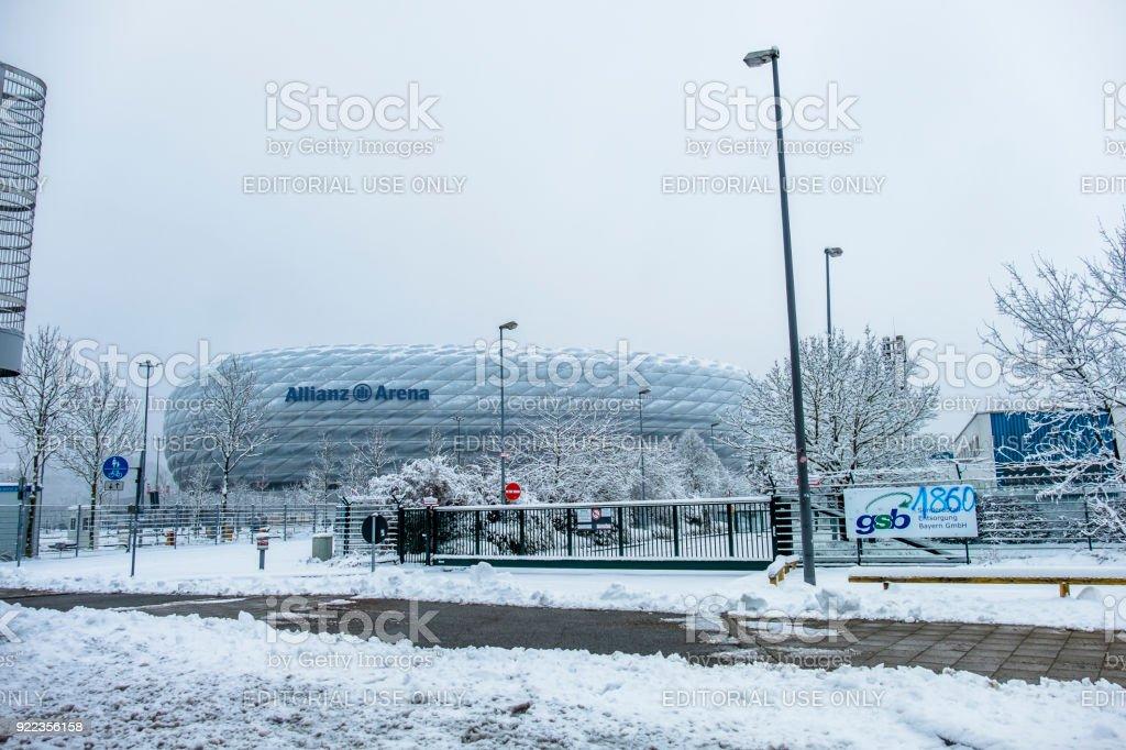 在暴風雪過後, 安聯競技場佈滿了積雪。圖像檔