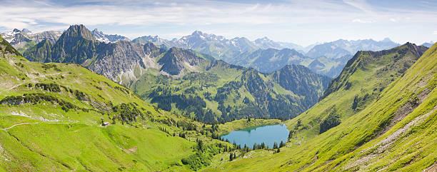 Die alpinen See seealpsee nahe oberstdorf, Bayern, Deutschland – Foto