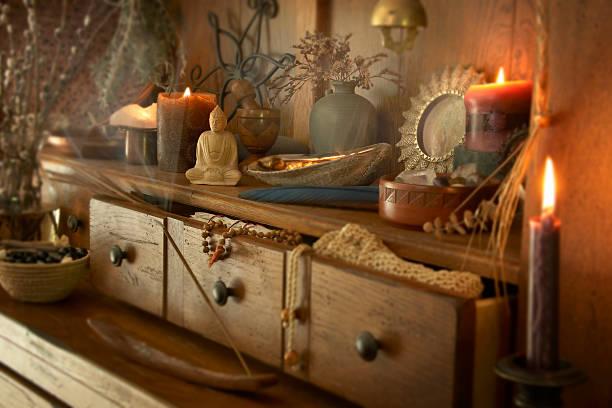 den altar - altar stock-fotos und bilder