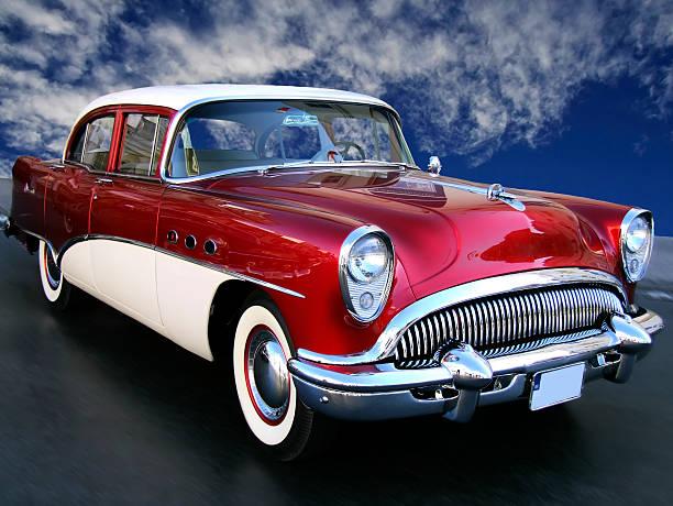 the american dream - alten muscle cars stock-fotos und bilder