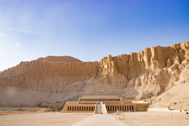 the ancient temple of hatshepsut in luxor, egypt - empire stock pictures, royalty-free photos & images