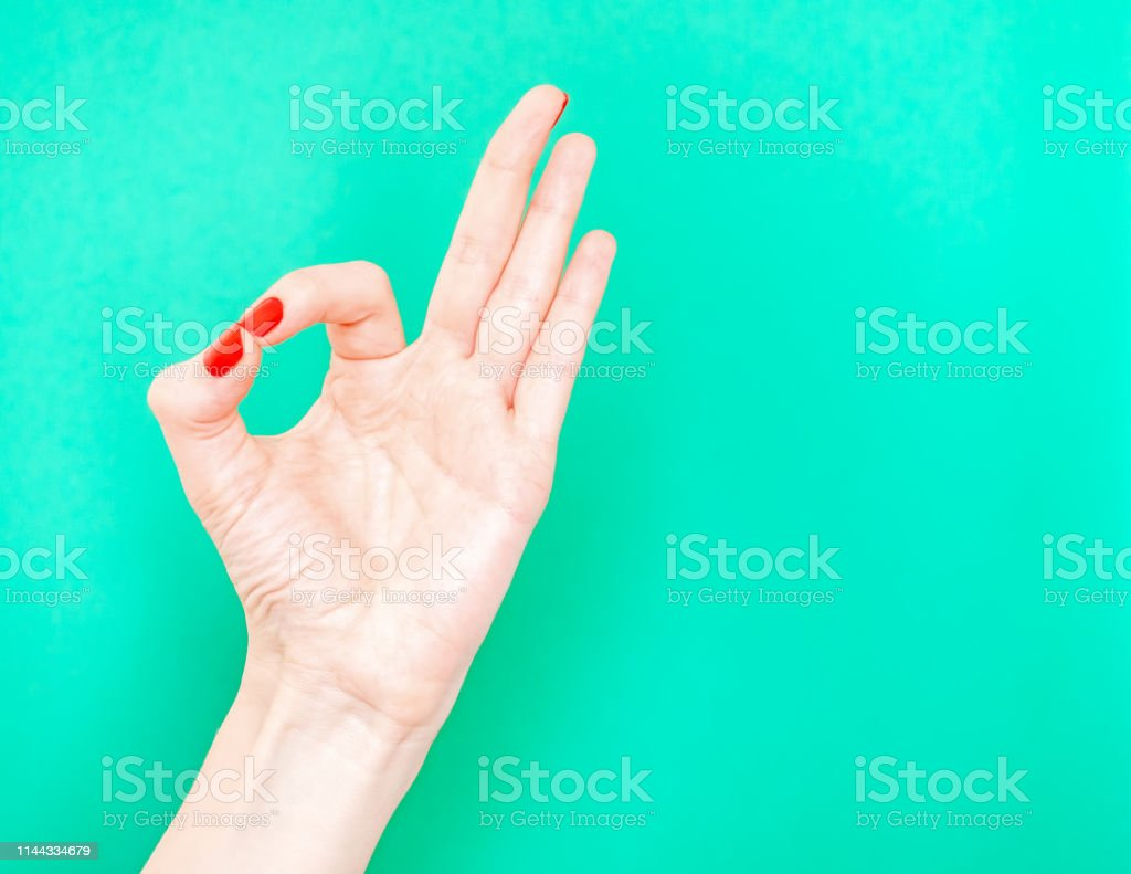 hands on betyder