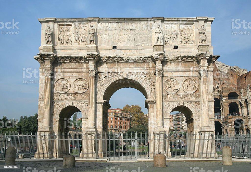O Arco de Constantino, Roma, Itália - foto de acervo