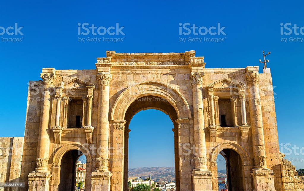 The Arch of Hadrian in Jerash photo libre de droits