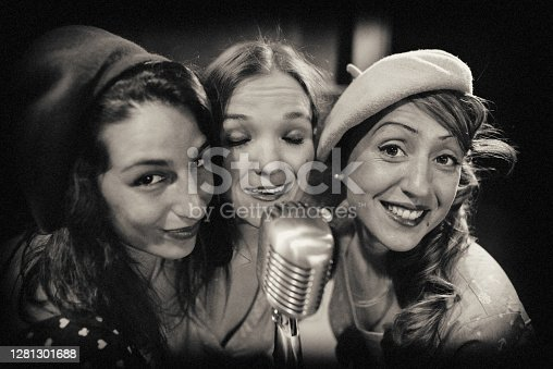 the hot women jazz band