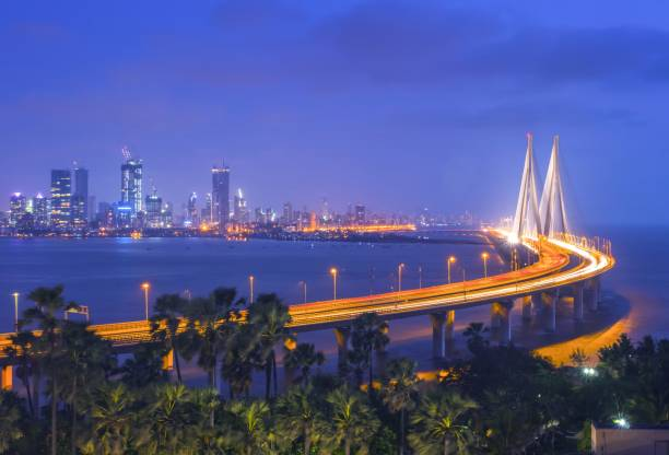 de bandra – worli zee link, mumbai, india - mumbai stockfoto's en -beelden