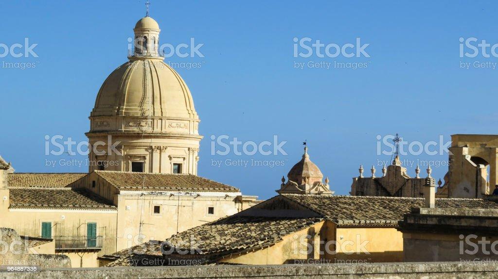 義大利西西里島的巴羅克諾托鎮 - 免版稅Cassata圖庫照片
