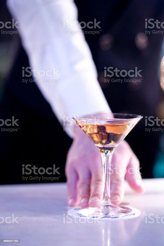 O barman - foto de acervo