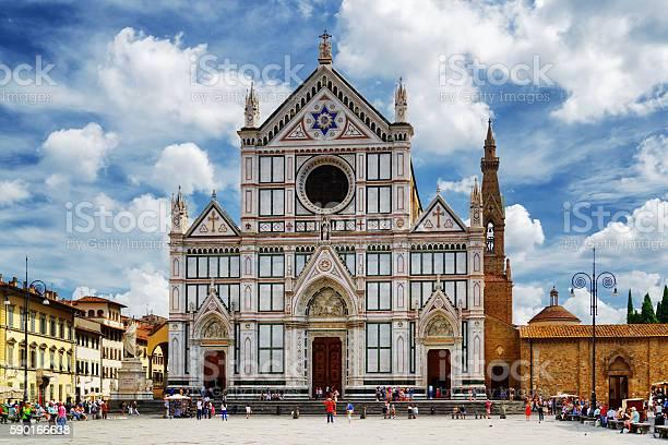 The basilica di santa croce florence picture id590166638?b=1&k=6&m=590166638&s=612x612&h=5goymqotxx8qoswxc7imv5j vpfdgprygpbvj ws6ja=