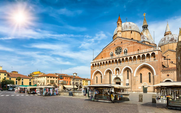 The Basilica di Sant`Antonio and Piazza del Santo in Padova, Italy The Basilica di Sant`Antonio and Piazza del Santo in Padova, Italy during a sunny day basilica stock pictures, royalty-free photos & images