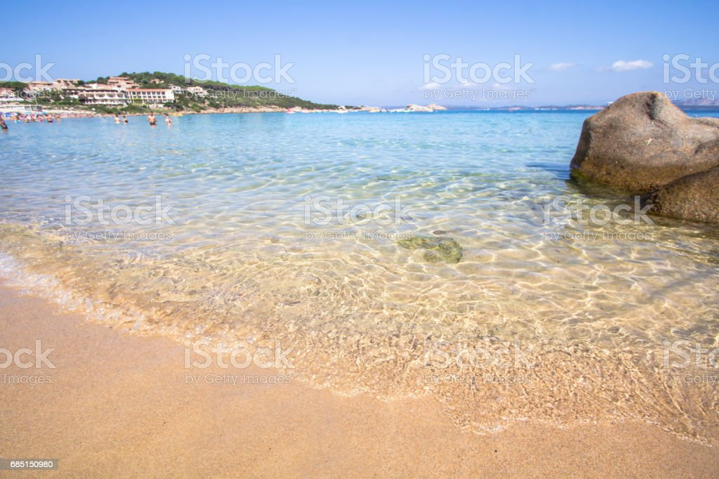 The beach at Baja Sardinia in Sardinia, italy foto de stock libre de derechos