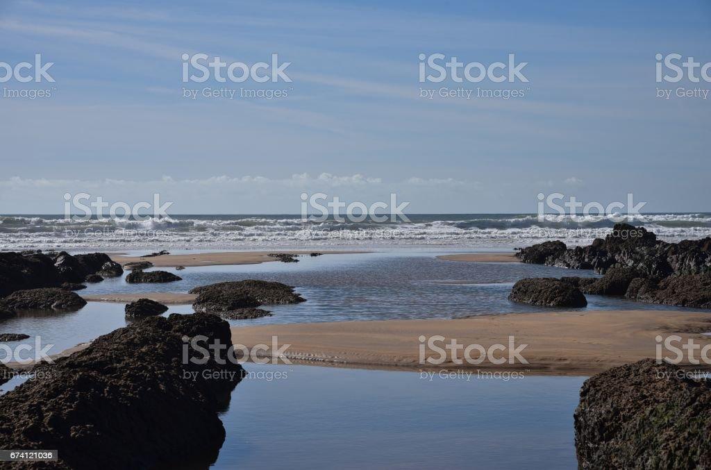 位於英國威爾士南部彭布魯克郡農場主的淡水西部海灘 免版稅 stock photo