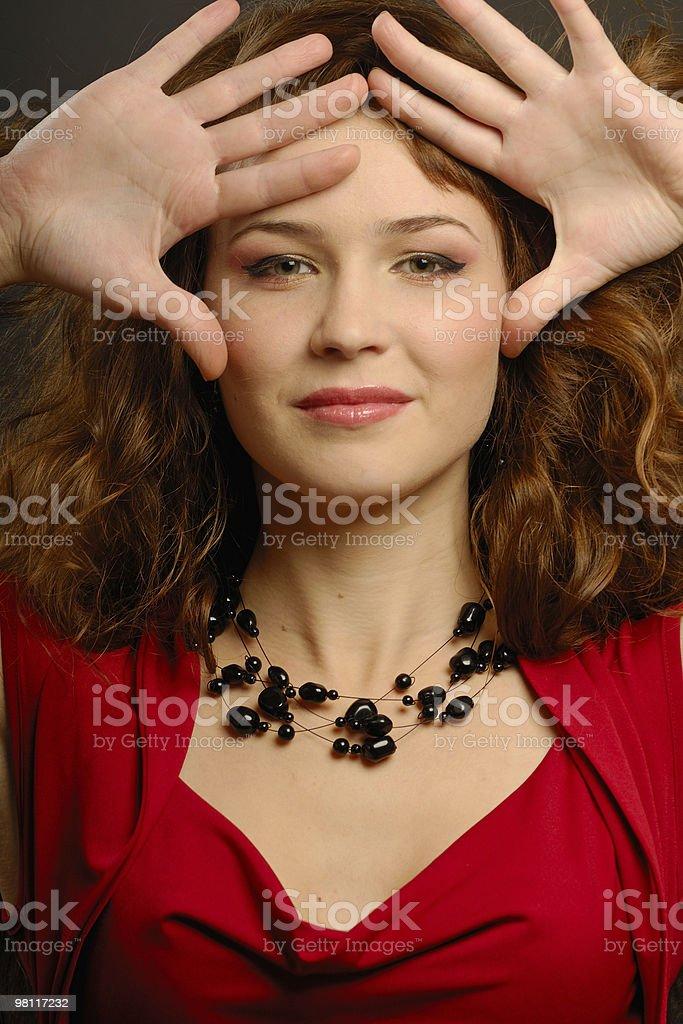 아름다운 소녀 빨간색 정장용 royalty-free 스톡 사진