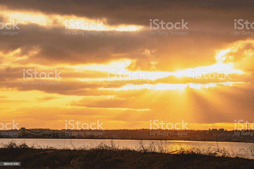 Le beau ciel coucher de soleil - Photo de Beauté libre de droits