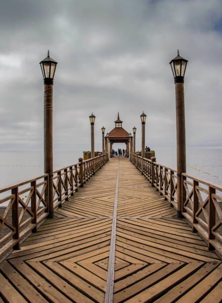Die schöne hölzerne Pier auf See Llanquihue in Frutillar – Foto