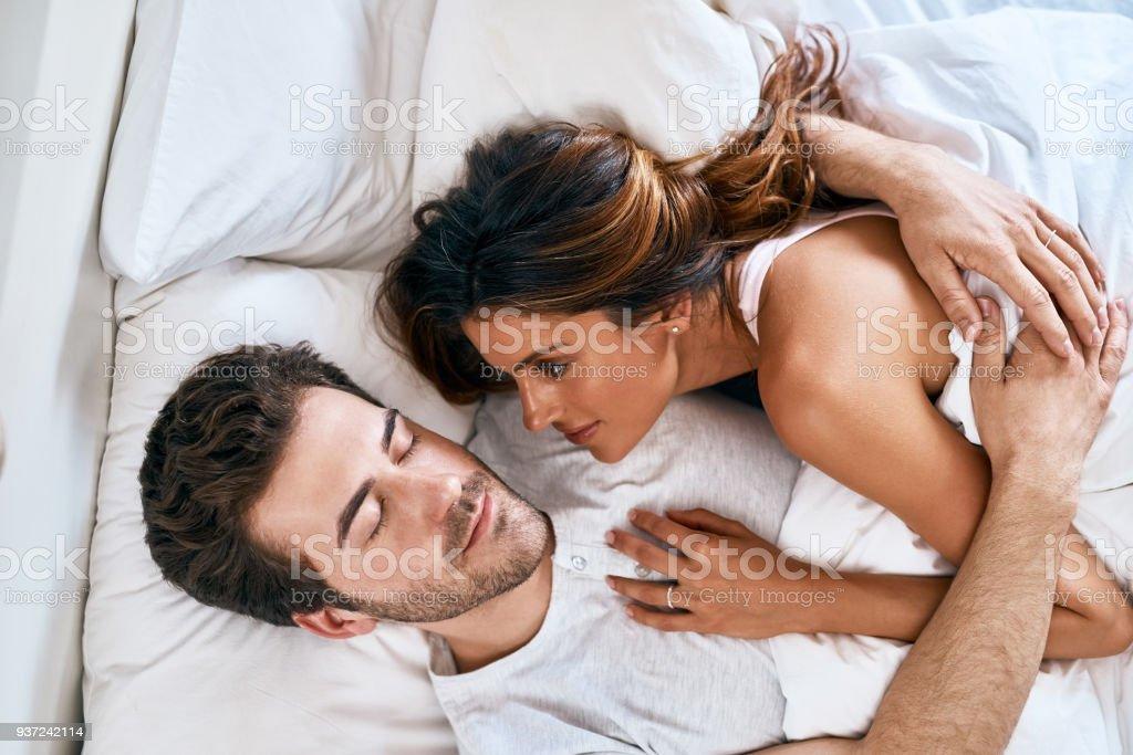 Das Beste Ist In Deinen Armen Einschlafen Stock Fotografie Und Mehr