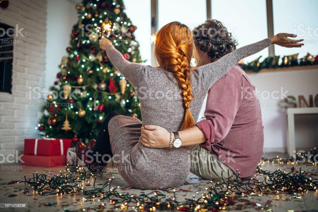Um Weihnachten.Der Beste Weg Um Weihnachten Zu Feiern Stockfoto Und Mehr Bilder Von