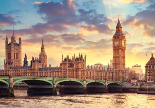 o big ben em londres e a casa do parlamento - reino unido - fotografias e filmes do acervo