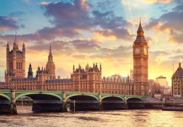The Big Ben in London and the House of Parliament London landmarks london england stock pictures, royalty-free photos & images
