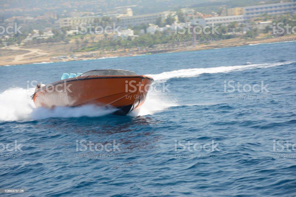 Geschwindigkeit der Geschwindigkeit der Bucht