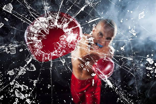 ボクサー身体のガラス - ボクシング ストックフォトと画像