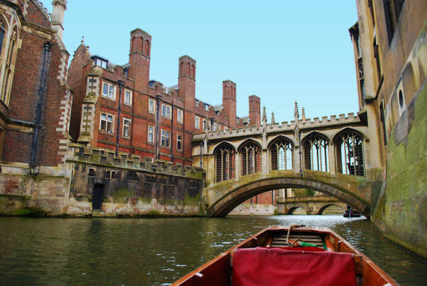 the bridge of sighs at saint john's college, cambridge. - cambridge university stock photos and pictures