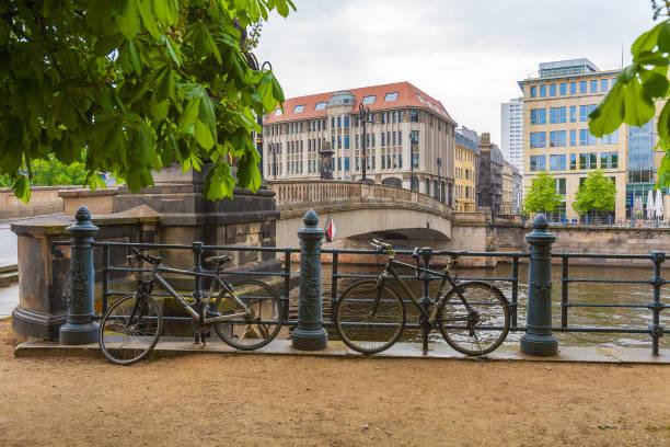 the bridge over the river spree, berlin, germany - brücke museum berlin stock-fotos und bilder