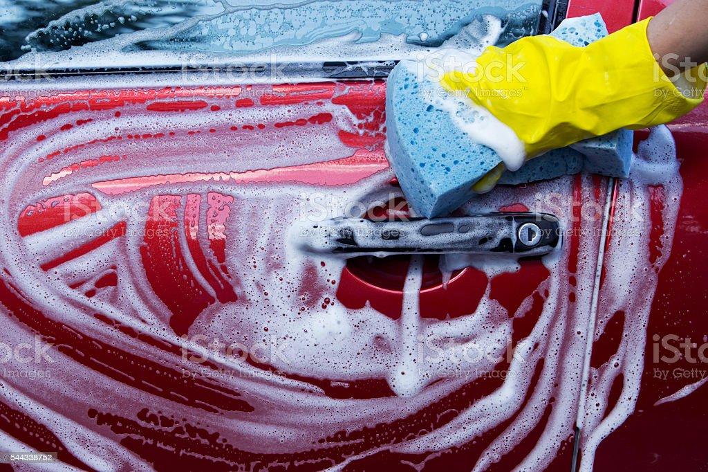 El lavado del automóvil - foto de stock