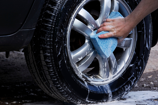 istock the car wash 590616428