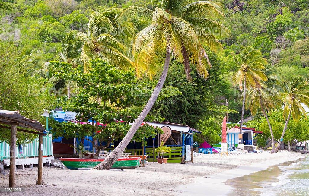 Plage de la mer des Caraïbes, Martinique. - Photo