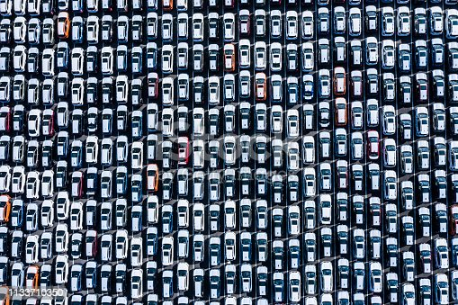 1142724396 istock photo The cars before the export are lined up 1133710350