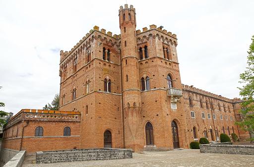 The Castello Di Brolio Gaiole In Chianti Tuscany Italy ...