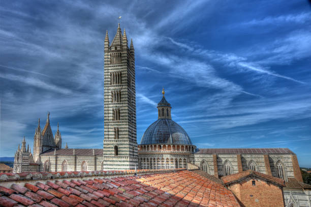 Die Kathedrale di Santo Maria Assunta in Siena, Italien – Foto