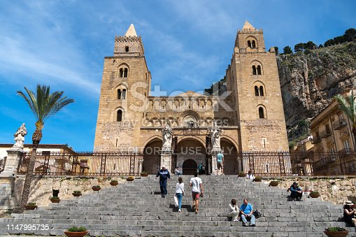 Facade view of the cathedral of San Salvatore on the Piazza Duomo in Cefalu, Sicilly, Italy