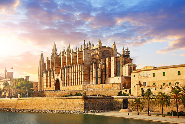the cathedral of santa maria of palma - catedral - fotografias e filmes do acervo