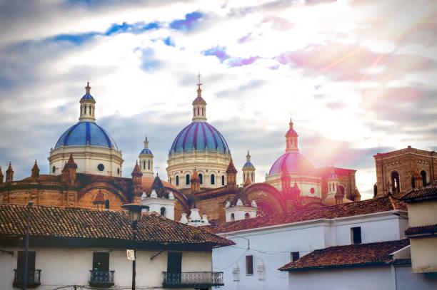 쿠엥카, 에콰도르에서 성모의 성당 - 에콰도르 뉴스 사진 이미지