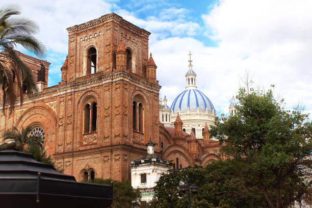 the cathedral of the immaculate conception in cuenca, ecuador - cupola stock pictures, royalty-free photos & images